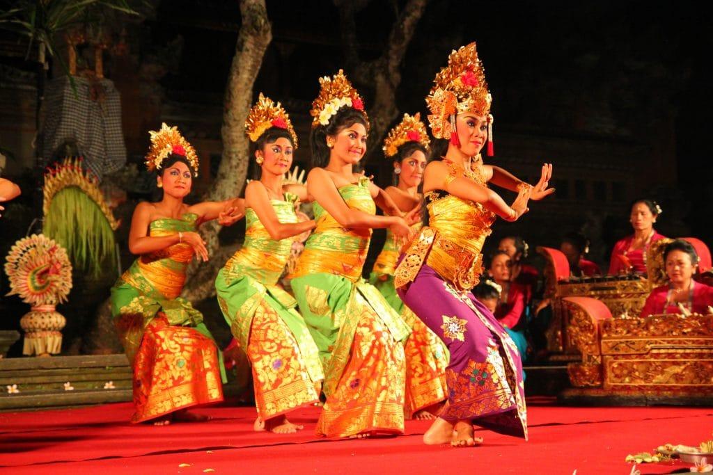 Dande Balinaise Chandra Wati 1