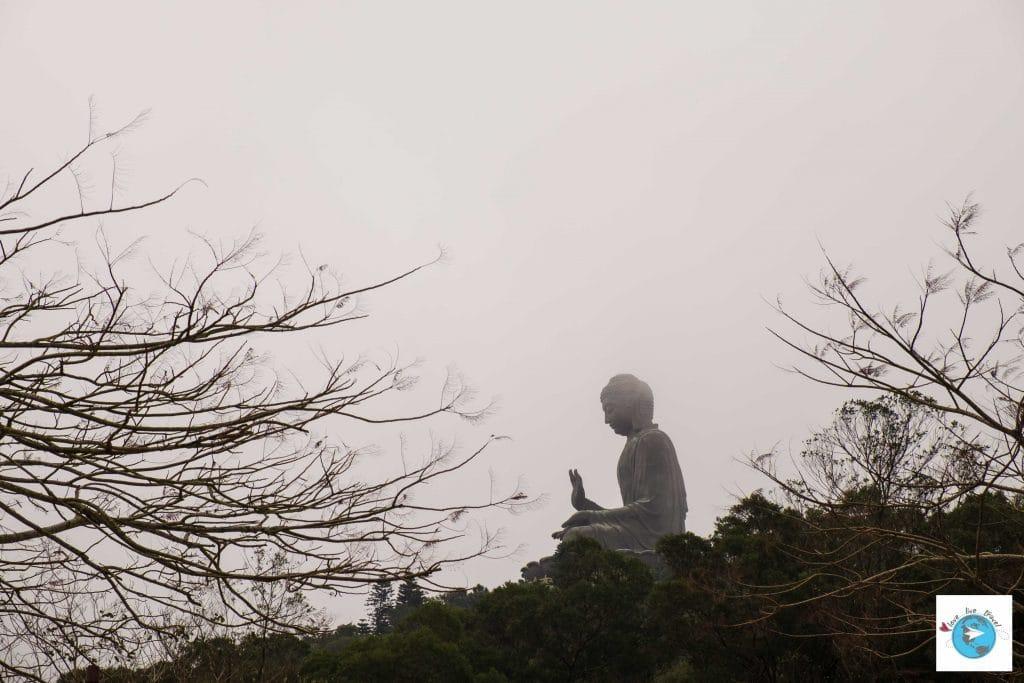Po Lin Grand Bouddha Hong Kong Ile Lantau blog voyage LoveLiveTravel