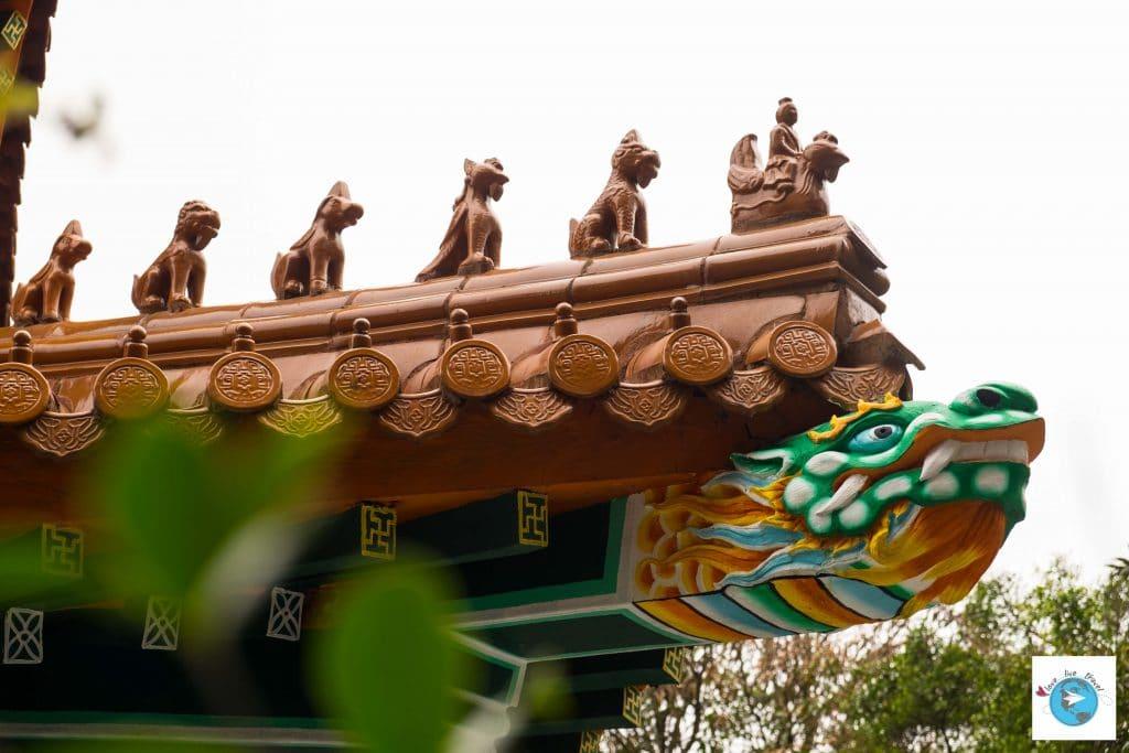 Po Lin Hong Kong Ile Lantau blog voyage LoveLiveTravel