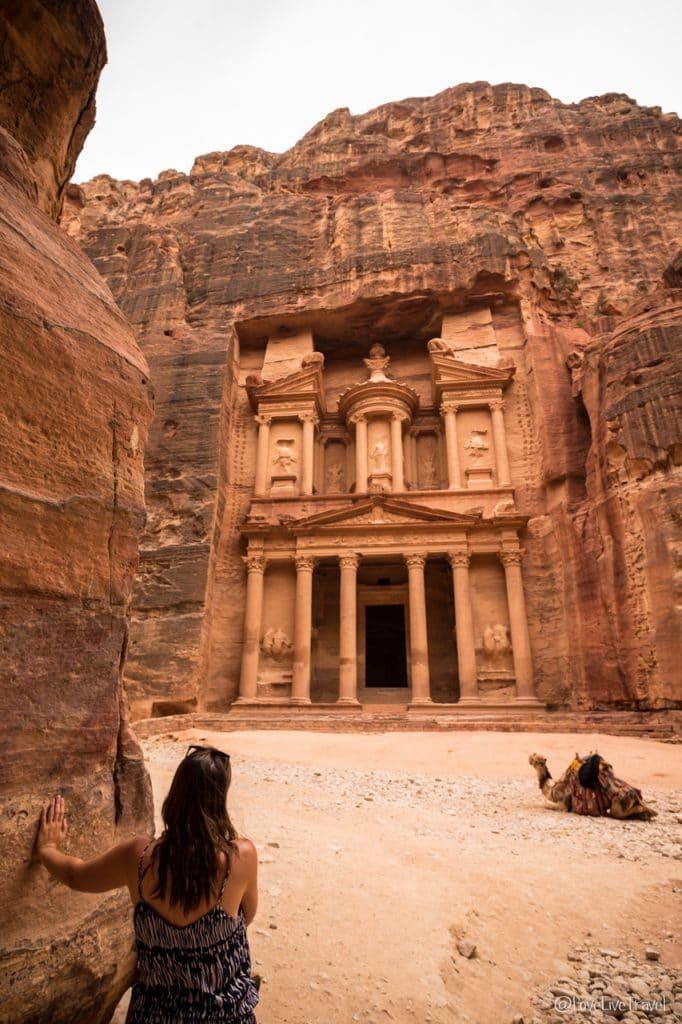 Pétra Jordanie Khazneh porte trésor Roadtrip Blog Voyage LoveLiveTravel