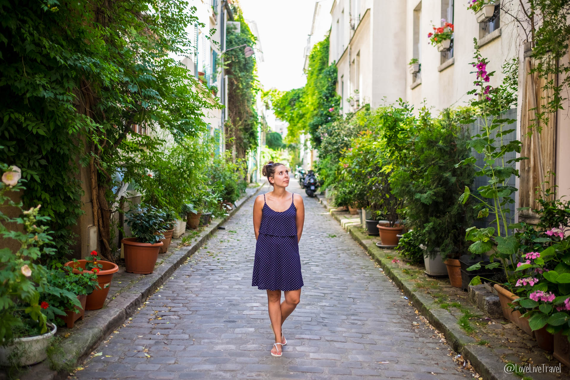 Paris : rues insolites et secrètes…