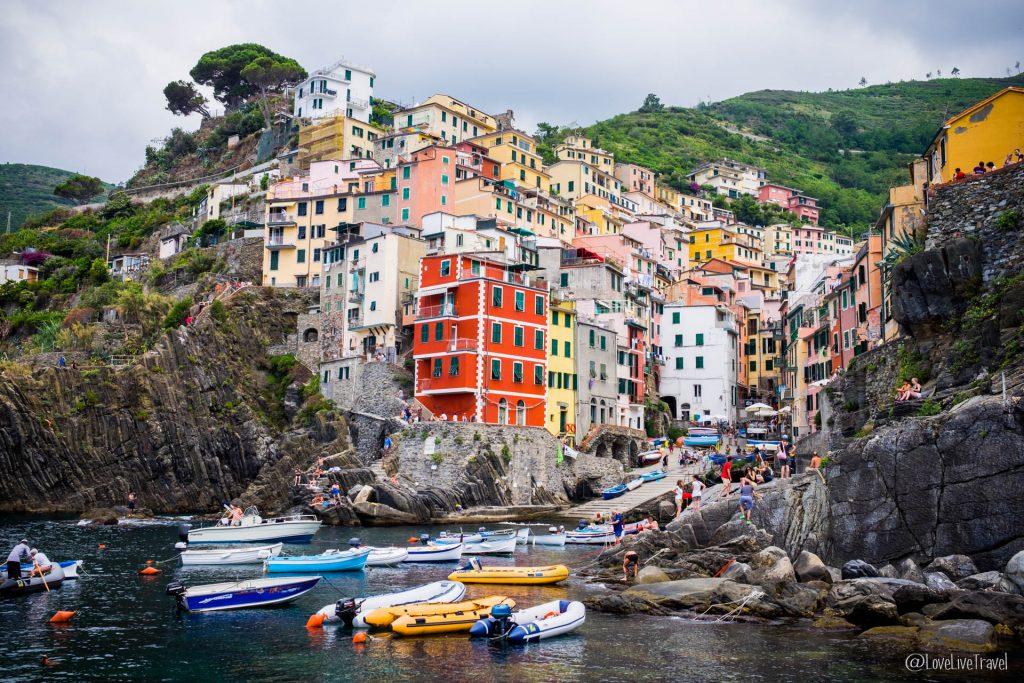 Riomaggiore Cinque terre gira cinq terres Italie blog voyage LoveLiveT