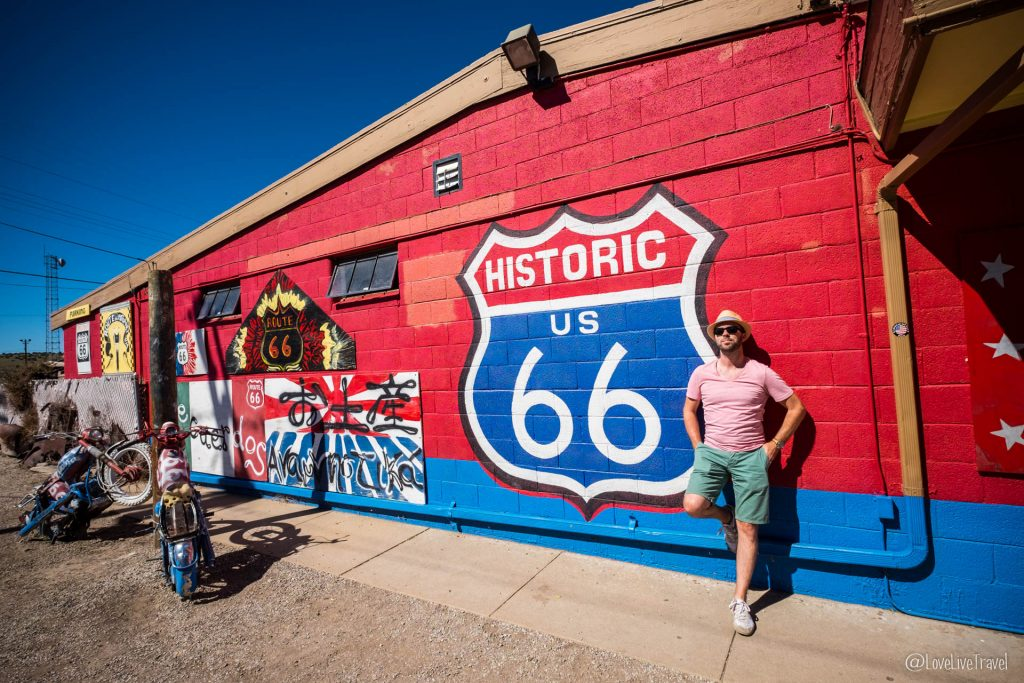 Road trip seligman USA route 66 blog voyage lovelivetravel