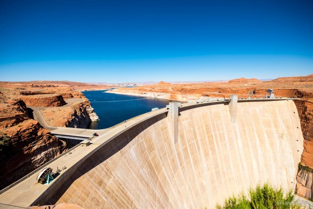 glen canyon dam lake powell page road trip usa blog voyage lovelivetravel