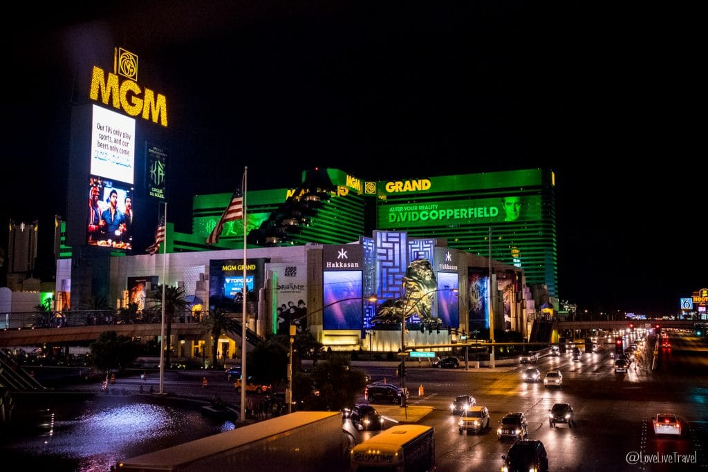 Las Vegas mgm grand panneau Nevada Road trip USA blog voyage LoveLiveTravel