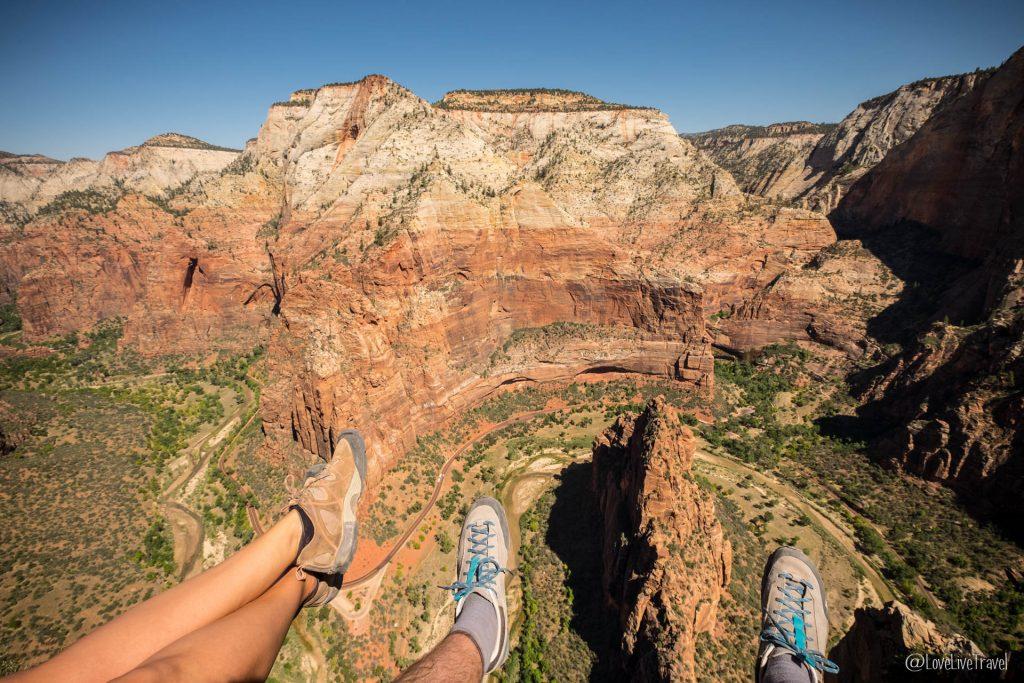 Zion National Angel landing trail park Utah roadtrip USA blog voyage lovelivetravel
