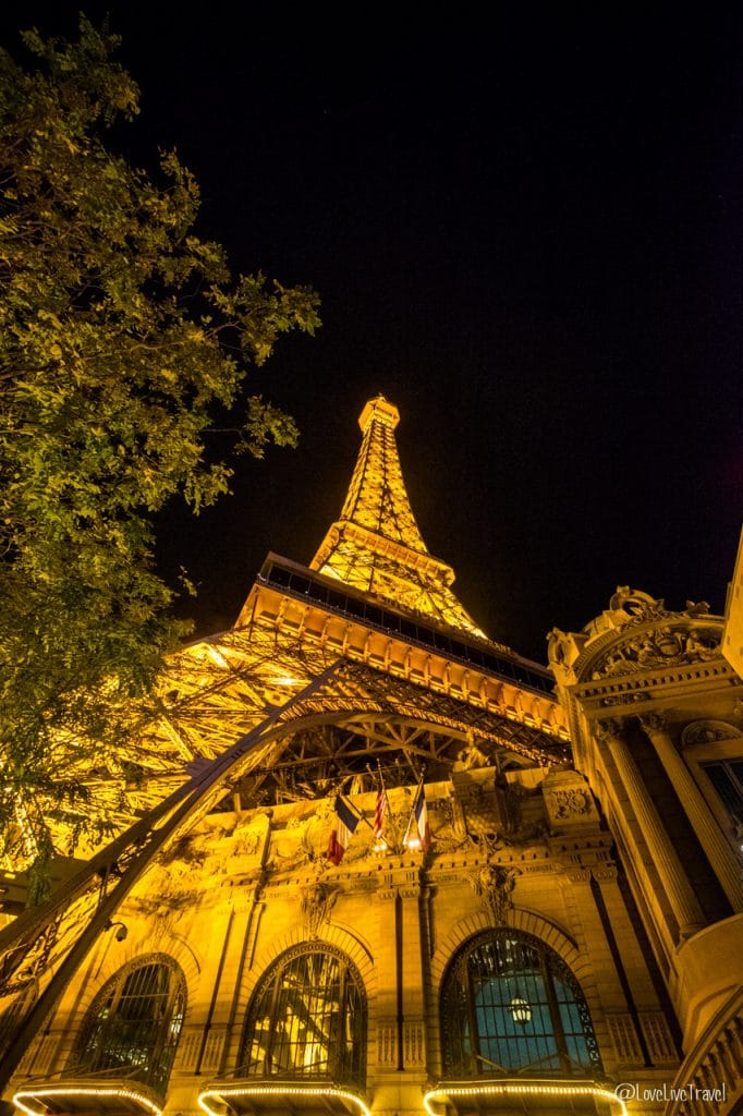 Las Vegas paris new-york Nevada Road trip USA blog voyage LoveLiveTravel