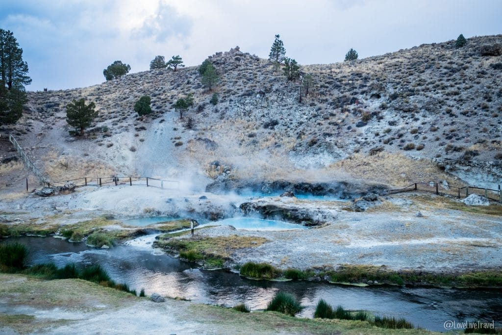Mammoth lakes hot creek californie road trip usa blog voyage lovelivetravel