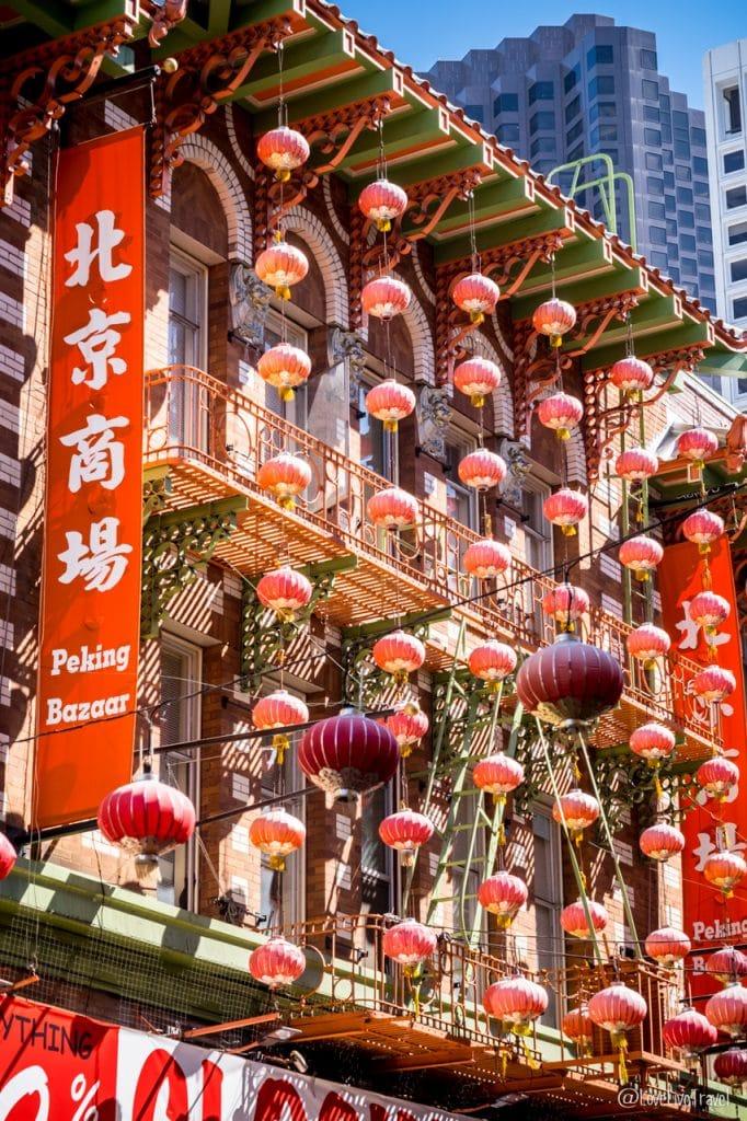 chinatown street san francisco road trip usa blog voyage lovelivetravel