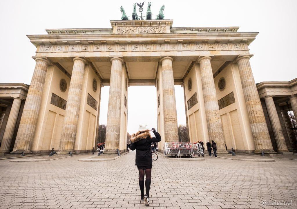 porte brandebourg Berlin Allemagne blog voyage Lovelivetravel