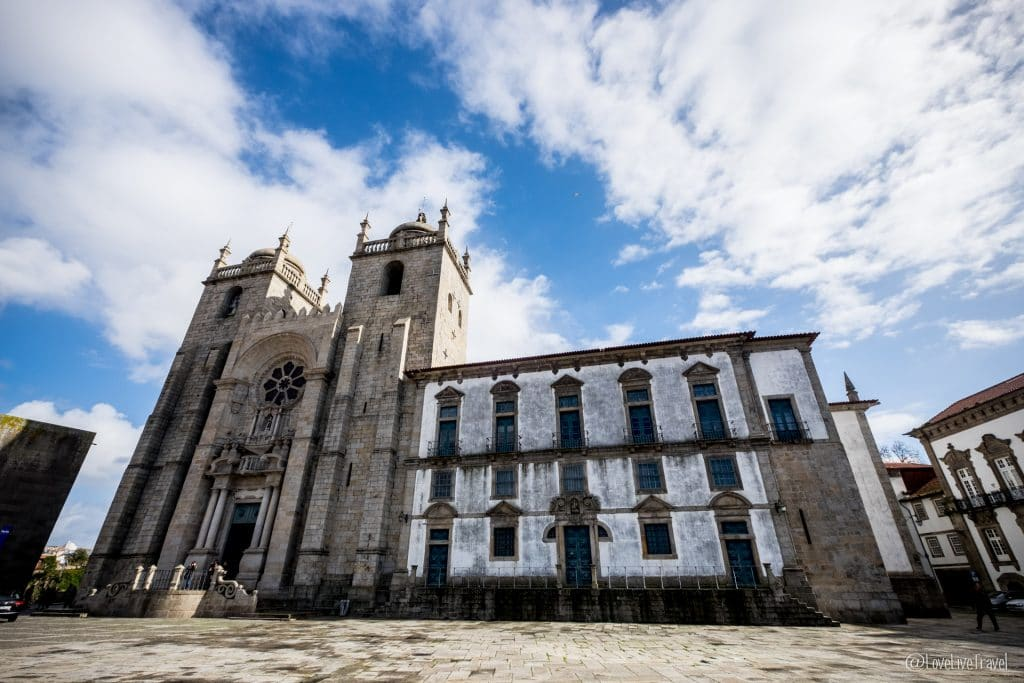 catedral de oporto porto portugal blog voyage lovelivetravel