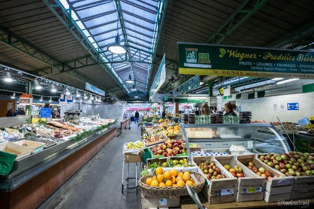 marché des enfants rouges paris 9 lieux insolites complètement paris france blog voyage lovelivetravel