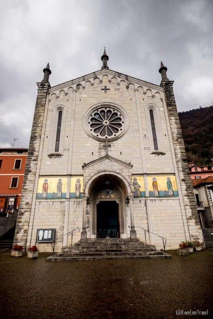 Eglise Ss Trinita' argegno Lac de come italie blog voyage lovelivetravel