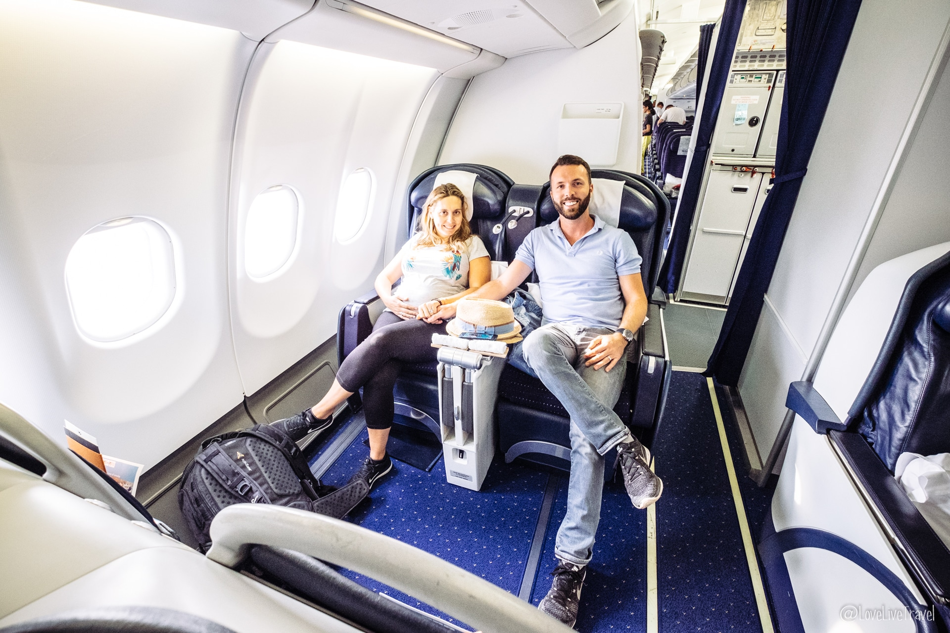 Avion Seychelles grossesse blog voyage lovelivetravel