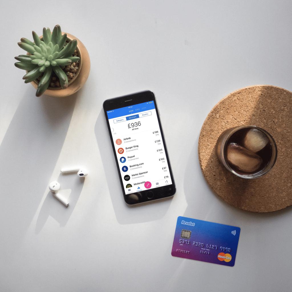 Eviter les frais de paiement à l'étranger blog voyage lifestyle lovelivetravel