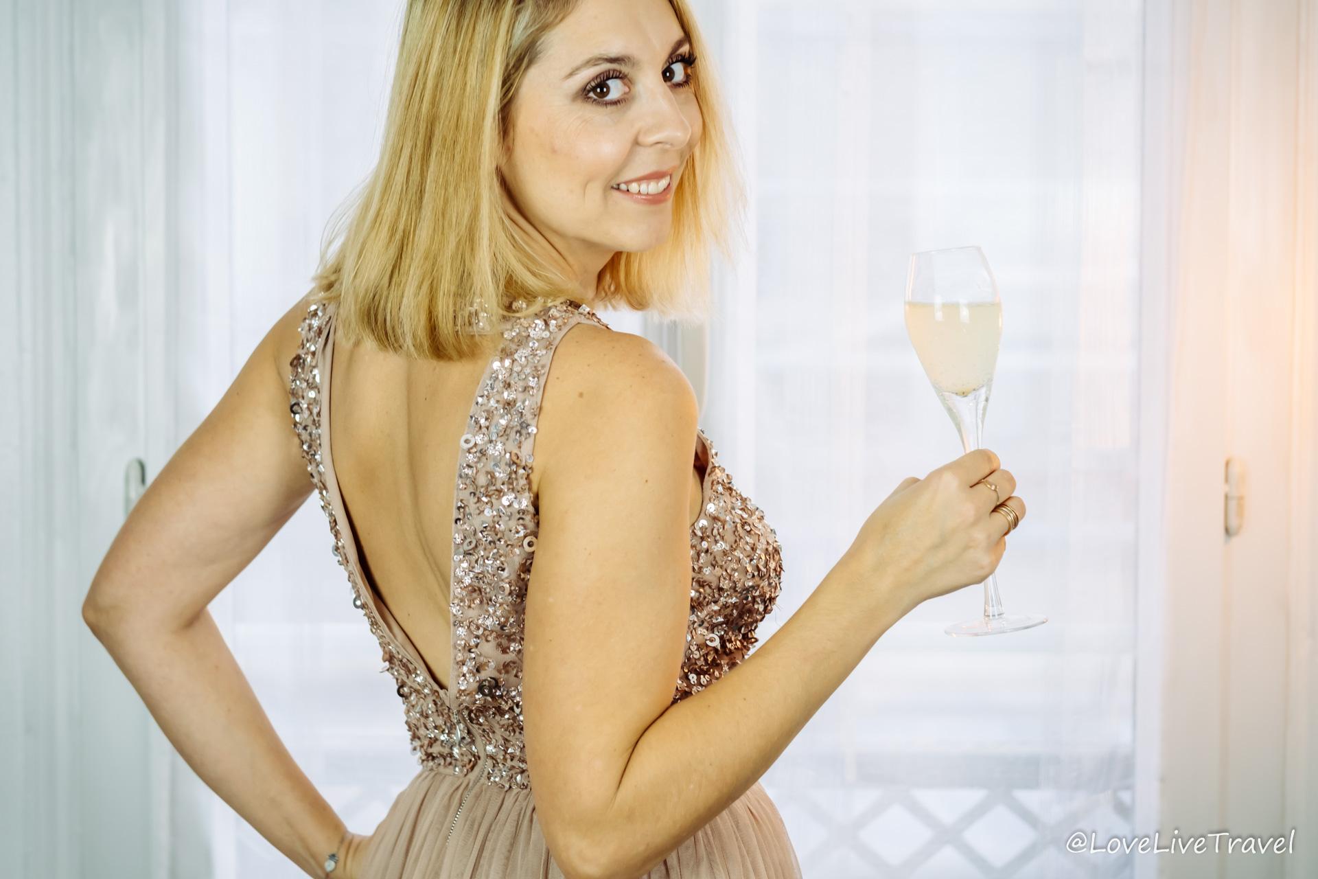 Choisir sa tenue de fêtes de fin d'année blog voyage et lifestyle lovelivetravel