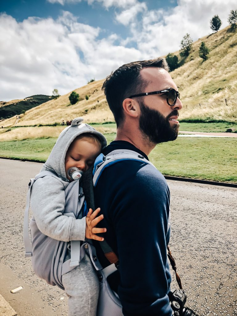 Mon test du porte-bébé Stokke MyCarrier blog voyage et lifestyle lovelivetravel
