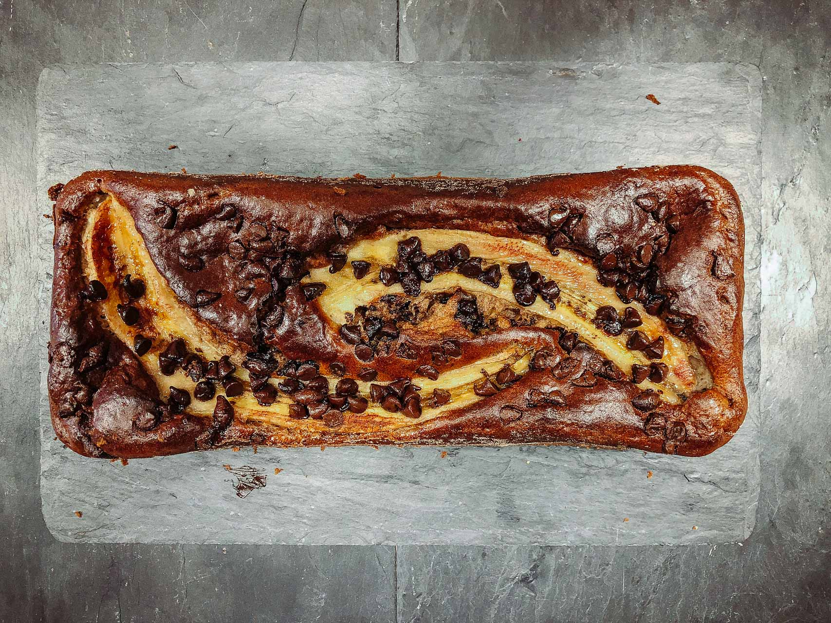 recette du cake à la banane et pépites de chocolat blog voyage lifestyle lovelivetravel