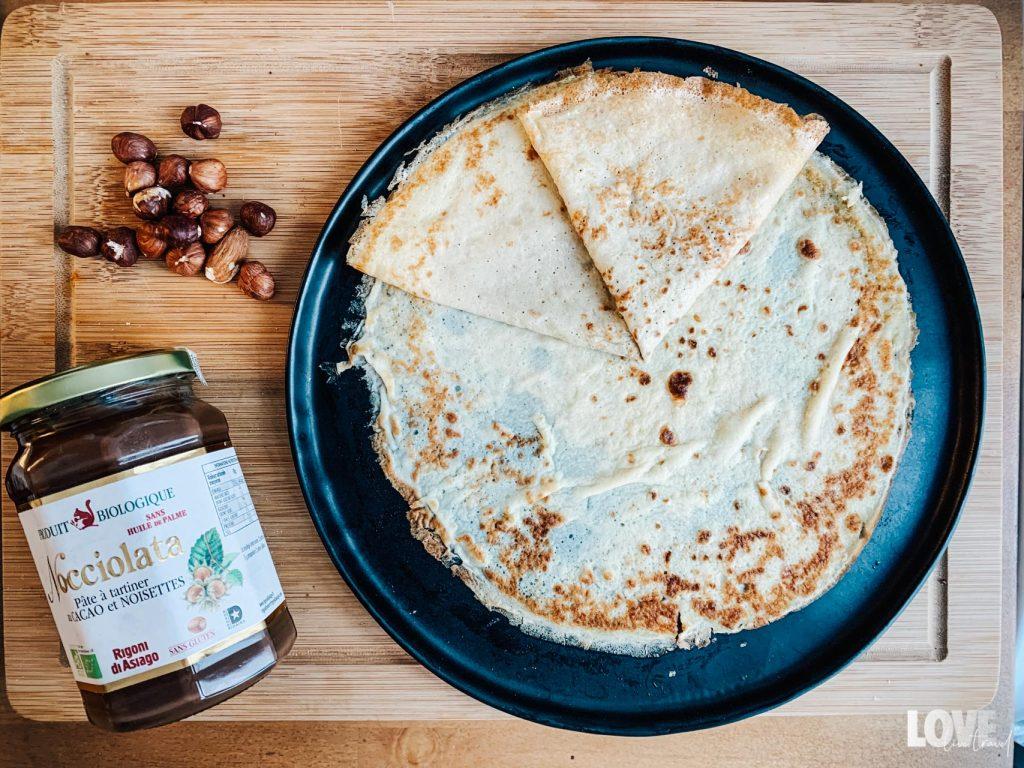 Recette ultra simple de pâte à crêpes blog voyage lifestyle lovelivetravel